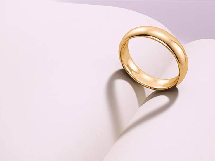 gold ring wedding band love